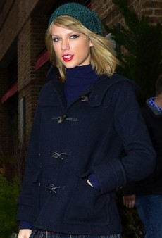Taylor Swift Piles on the Preppy in New York
