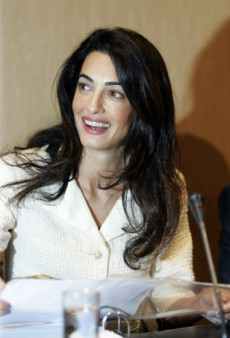 Link Buzz: Amal Clooney May Have Landed a Vogue Cover, Harper Beckham Thinks Her Dad Should Tighten His Body