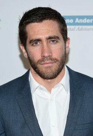 jake-gyllenhaal-beard-p