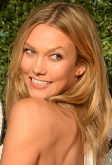 Link Buzz: New Instagram Filters, Karlie Kloss Dances in White for Vogue