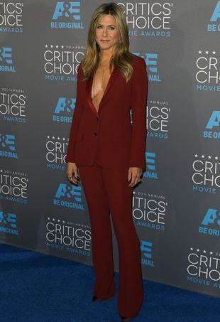 Jennifer-Aniston-CriticsChoiceMovieAwards-portraitcropped