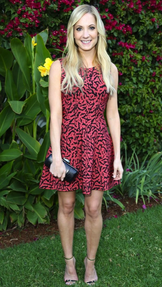 Joanne Froggatt has afternoon tea in Issa