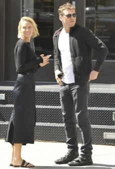 Lara Bingle, Sam Worthington Warned to Settle $10m Paparazzo Lawsuit