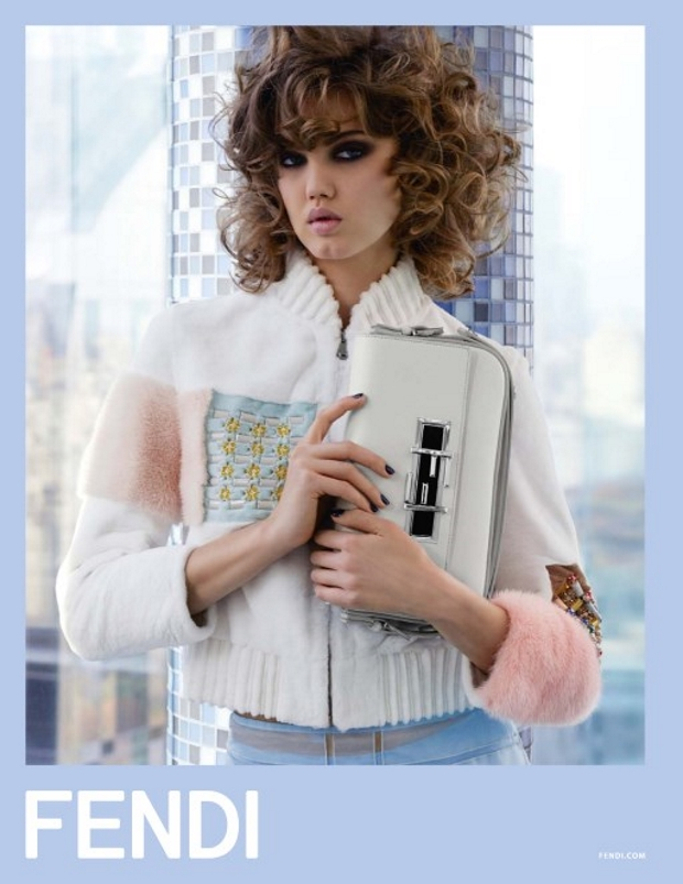 Ad Campaign Fendi Spring 2015 Lindsey Wixson
