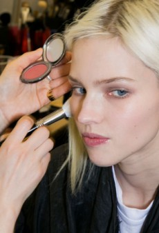 A Beginner's Guide to Applying Makeup Like a Pro