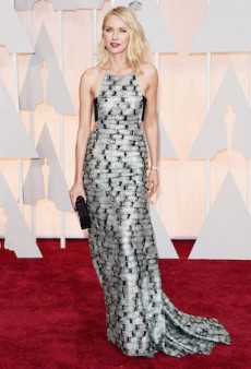 Naomi Watts Gives Elegance an Unexpected Twist for the 2015 Oscars