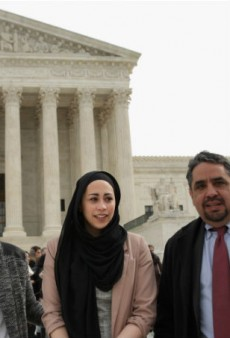 Supreme Court Rules in Favor of Muslim Woman Denied a Job at Abercrombie for Her Head Scarf