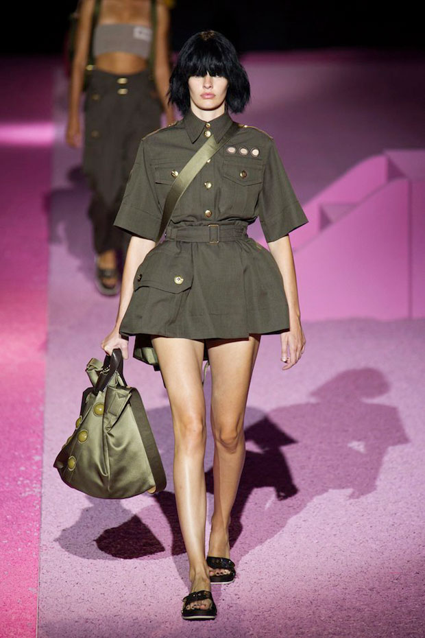 Military Trend seen on Marc Jacobs Spring 2015 runway
