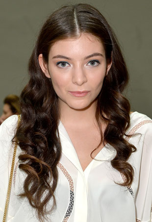 lorde-chloe-pfw-port