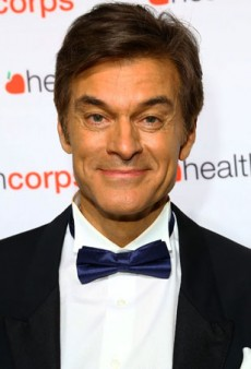 Oprah Blasts Dr. Oz by Canceling His Radio Show