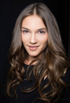 Perfecting the Art of Loose Waves with ghd's Curve Classic Wave Wand