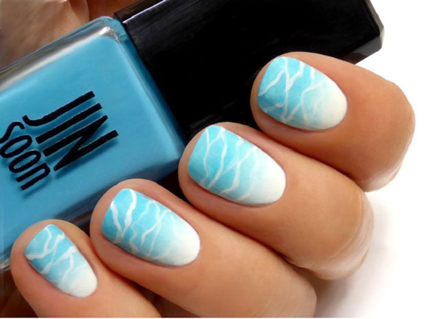 ocean-blue-memorial-day-summer-nail-art-ideas