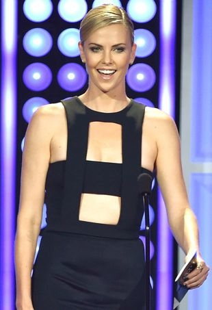 Charlize-Theron-2015CriticsChoiceTelevisionAwards-portraitcropped