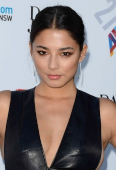 Watch: Jessica Gomes Gets Pranked on Sports Illustrated Photo Shoot