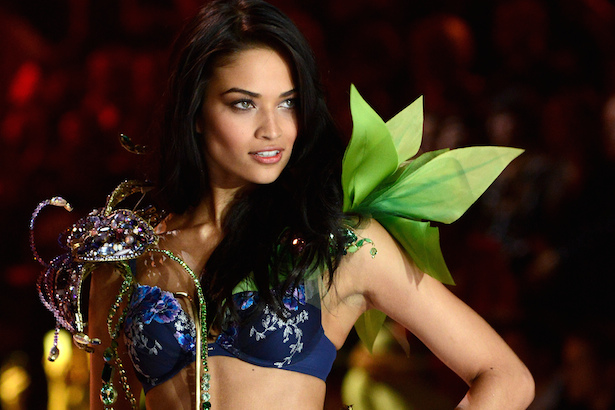 Shanina Shaik on Victoria's Secret Runway