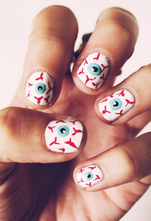 54ff72f26593c-6-halloween-manicures-de