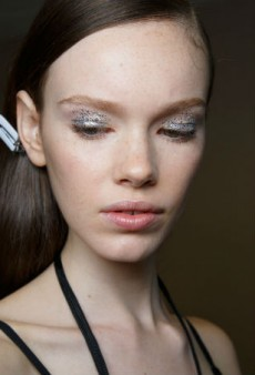 Glittery Lids and Hair Down to There Was the Beauty Look for Delpozo Spring 2016