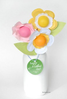15 Brilliant Ways to Gift EOS Lip Balm