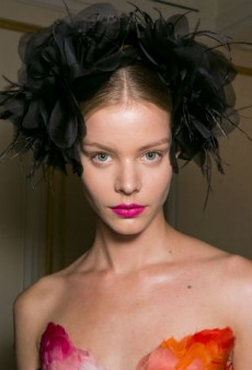 Marchesa Spring 2016 Beauty: Luminous Skin, Sleek Chignons and a Pop of Pink