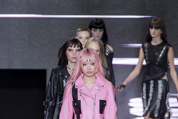 Louis Vuitton Spring 2016 runway