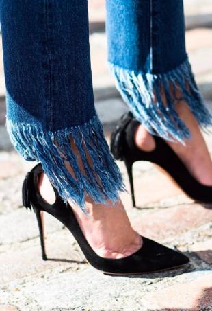 fringe-hem-denim-jeans-diy-3