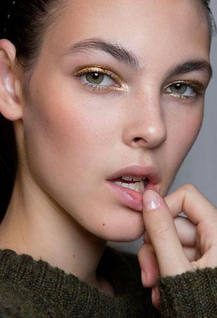 gold-makeup-p