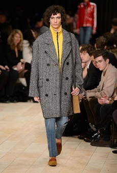 Burberry Men's Fall 2016 Runway