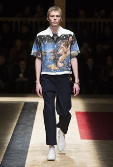 Prada Men's Fall 2016 Runway