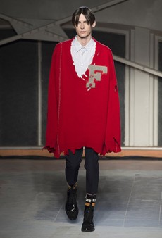 Raf Simons Men's Fall 2016 Runway
