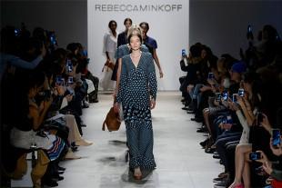 Rebecca Minkoff Fall 2016 Runway