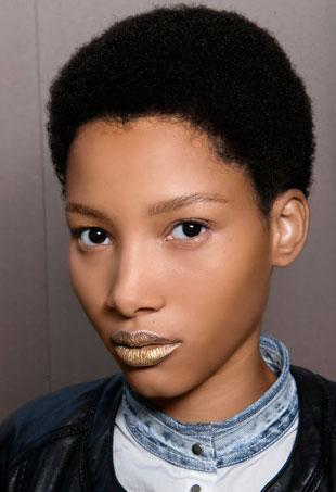 metallic lipstick Prada Spring 2016 runway