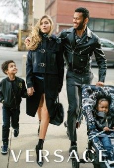 Gigi Hadid and Karlie Kloss Play Moms in Versace's Fall 2016 Ad Campaign (Forum Buzz)