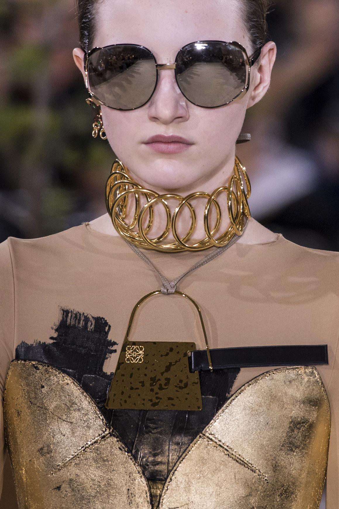 Chokers made appearances at several Fall/Winter 2016 runway shows, including that of Loewe.