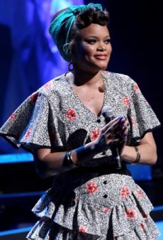 Pinup Style: 20 Ways to Rock an Andra Day-Inspired 'Do
