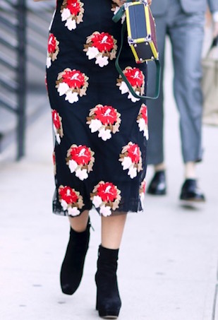 printed-dress-boots-street-style (1)