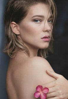 Léa Seydoux Smolders In Louis Vuitton's New Perfume Campaign (Forum Buzz)