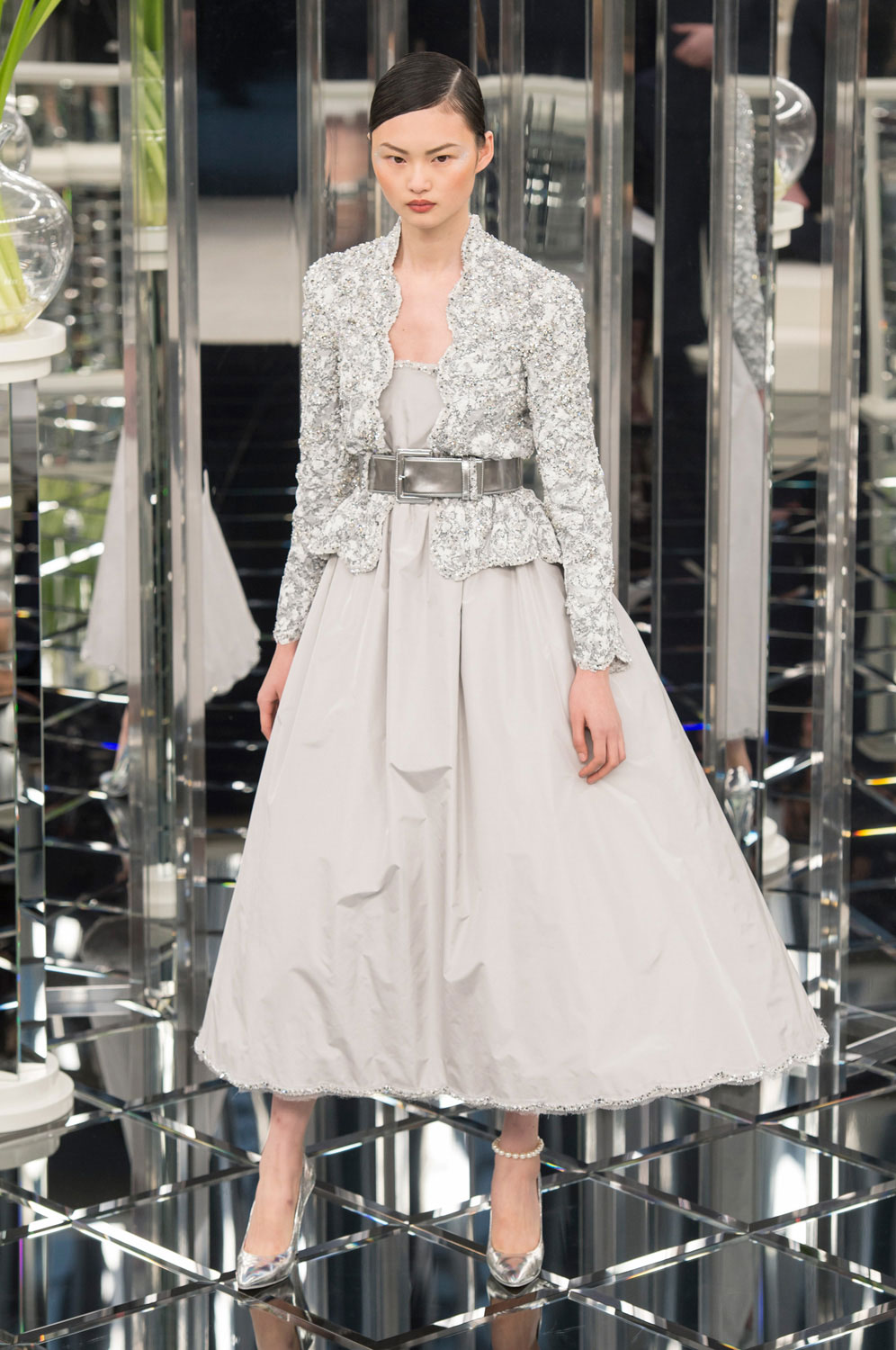 A look from Chanel Haute Couture Spring 2017.