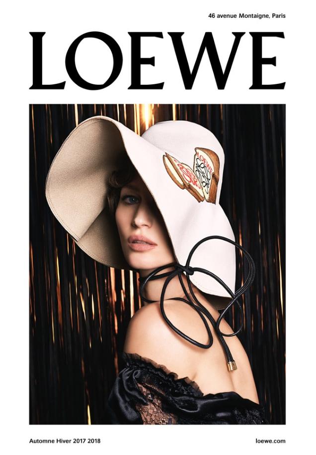 Loewe F/W 2017.18 : Gisele Bündchen by Steven Meisel