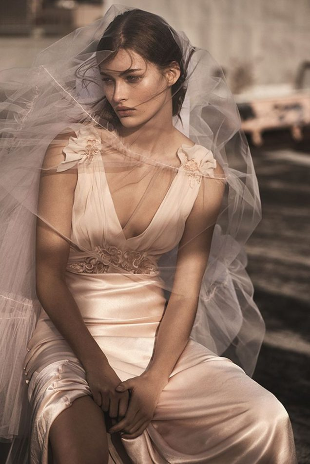 Grace Elizabeth in a Topshop Bridal look; Image: Topshop