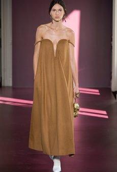 Valentino Haute Couture Fall 2017 Runway