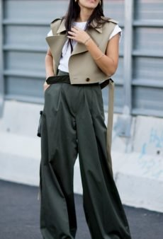 Wide-Leg Pants Are the New Skinnies and You'll Get No Complaints From Us