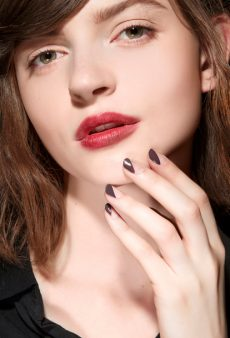Winter Nails: 22 Season-Appropriate Manicures to Brighten Your Day