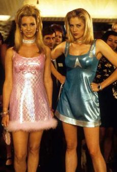 The 7 Most Iconic Outfits From Your Favorite 90s Chick Flicks