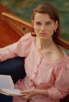 15 Bateau Neckline Pieces a la Meghan Markle to Channel Your Inner Princess