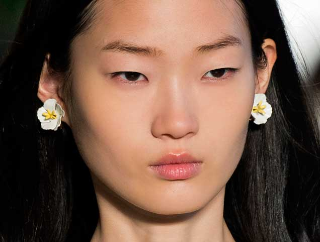 Floral earrings on the Mansur Gavriel Spring 2018 runway