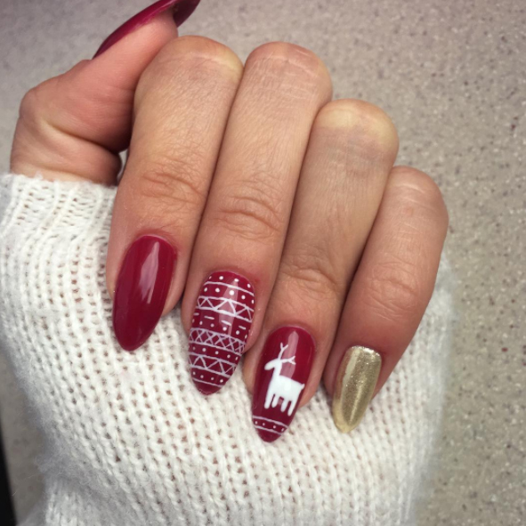 20 awesomely tacky holiday nail art ideas
