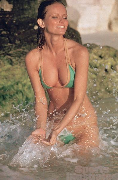 Sexiest Swim Suits 119