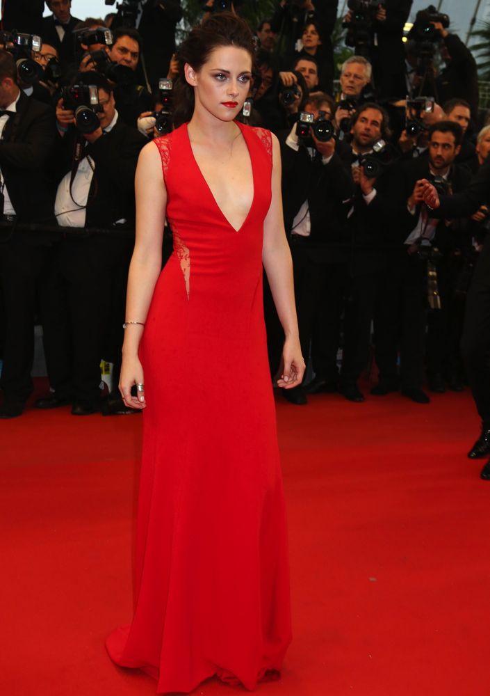 26 Times Kristen Stewart Rocked the Red Carpet - theFashionSpot