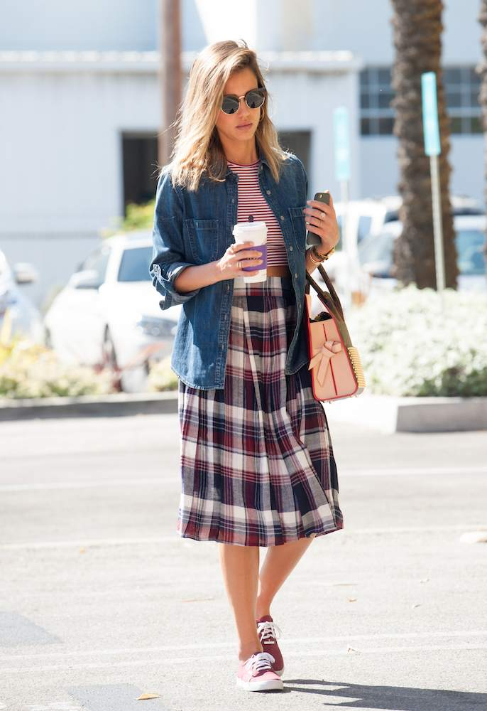 Fashion trends 2017 summer - 34 Reasons Jessica Alba Wins At Street Style Thefashionspot