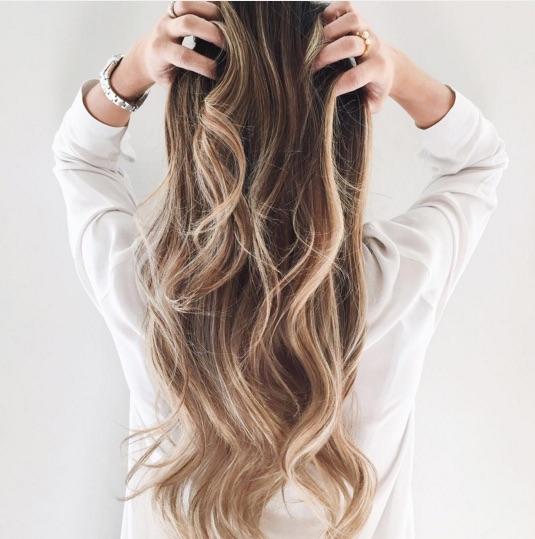 Go Blonder & 50 Brilliant Balayage Hair Color Ideas - theFashionSpot